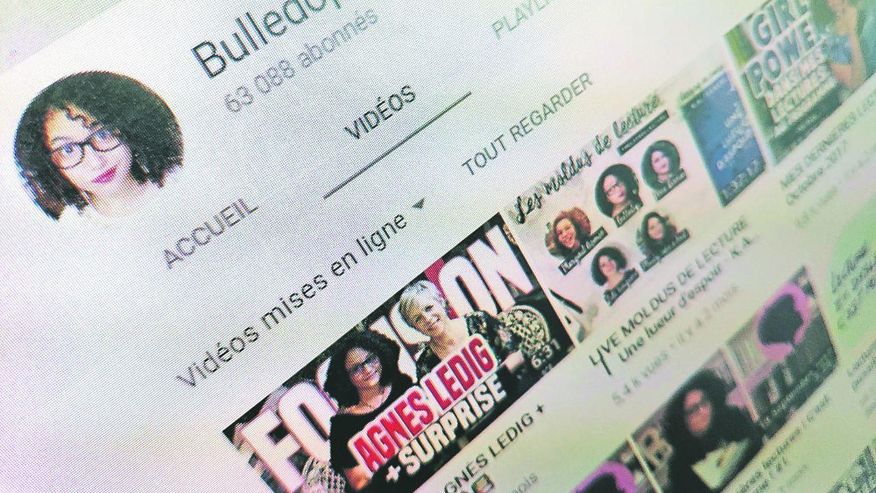 L'ancienne libraire (Emilie) Bulledop rassemble 27.000abonnés sur Instagram et 63.200sur sa chaîne YouTube, créée en2012.