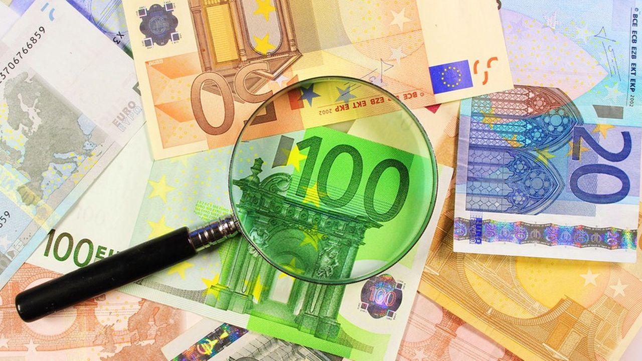 Au mois d'août, les Français ont placé 1,35milliard d'euros sur leur livret A et 310millions d'euros sur leurs livrets de développement durable et solidaire (LDDS). L'assurance-vie n'a pas été en reste avec une collecte nette (cotisations moins prestations) de 2,4milliards d'euros.