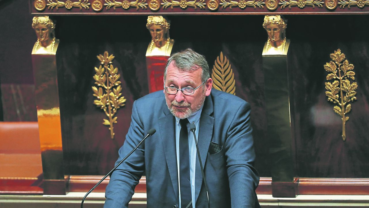 « Pour moi, c'est une première étape », explique le député Joël Giraud (LREM), à propos de son amendement proposant de renforcer la transparence sur les frais des contrats d'assurance-vie investis en unités de compte.