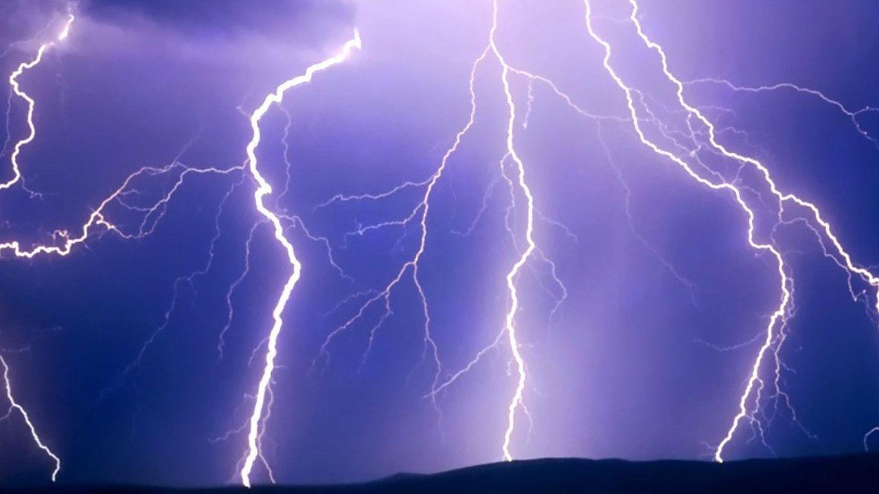 2208512_le-satellite-taranis-va-etudier-la-face-cachee-des-orages-web-tete-0302287995419.jpg