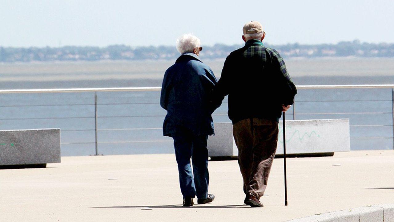 2209013_budget-huit-retraites-sur-dix-vont-perdre-du-pouvoir-dachat-dici-a-2020-selon-lofce-web-tete-0302318599990.jpg