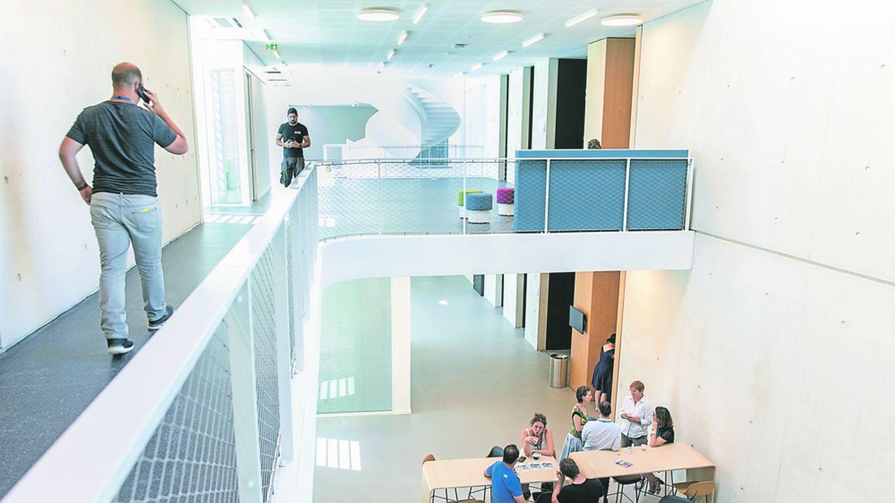 Le campus de Saclay est spécialisé dans la science des petites molécules essentielles -oxygène, hydrogène, azote- et la science des données.