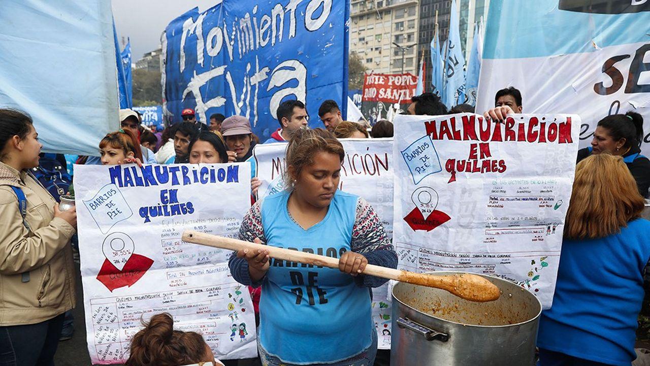 2209247_argentine-la-pauvrete-augmente-dans-un-contexte-de-crise-web-tete-0302318901608.jpg