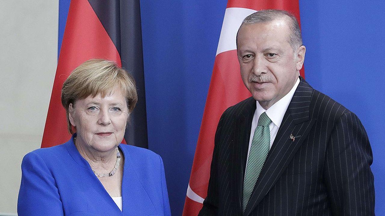 Angela Merkel a donné le ton de sa rencontre avec le président turc: «Si on ne se parle pas, on ne peut pas trouver de position commune», a-t-il résumé.