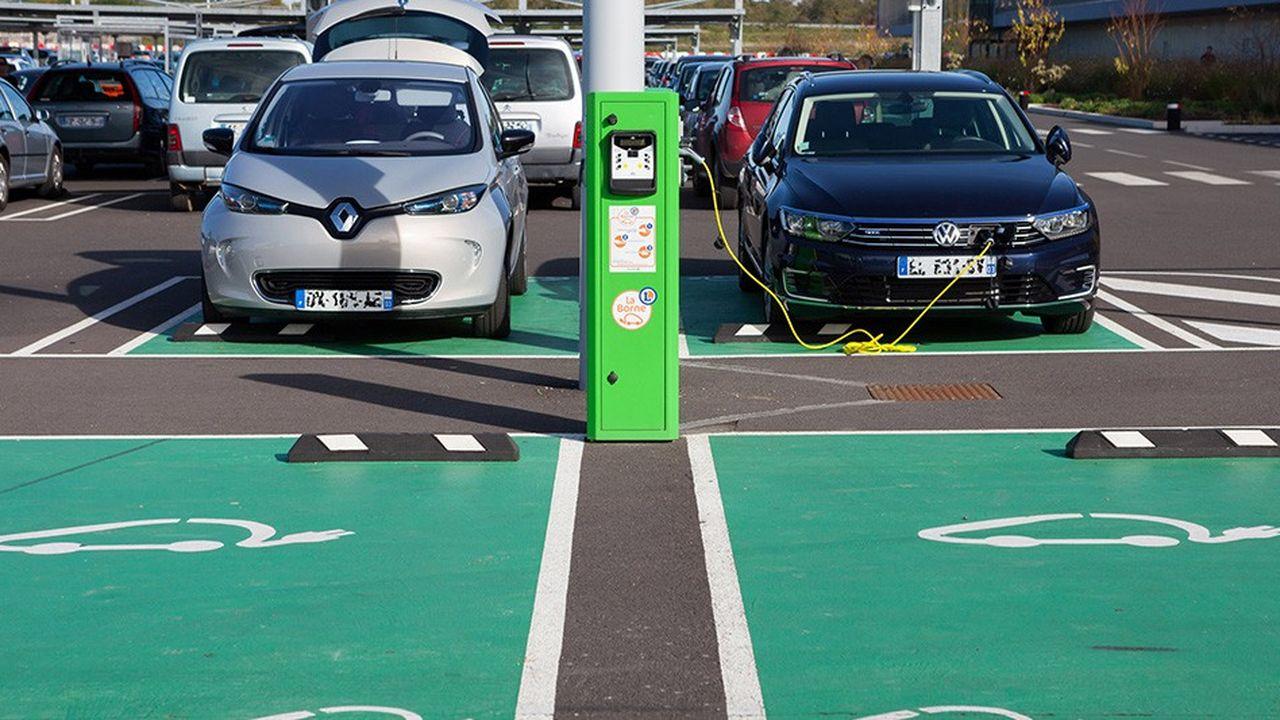 L'électrification de l'automobile soulève un certain nombre d'obstacles qu'il conviendra de lever.