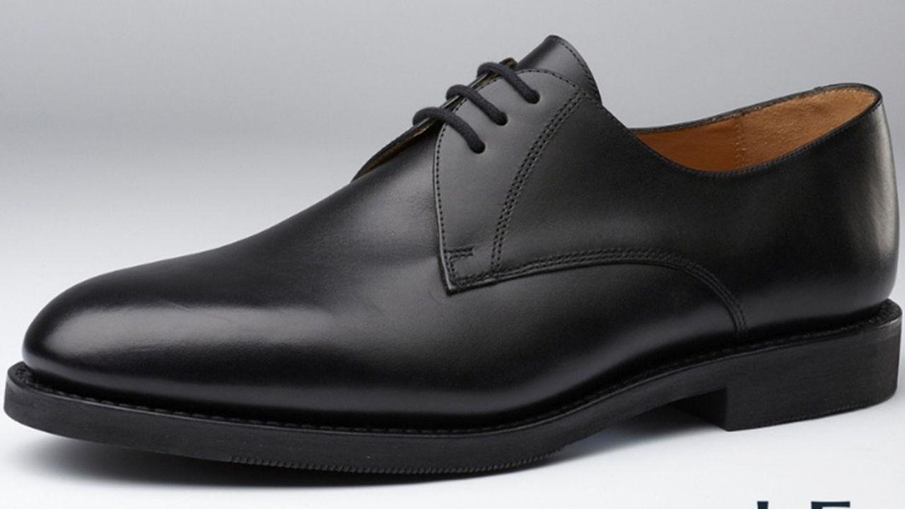 Début septembre, la société Hardrige a remporté un appel d'offres de chaussures « cadre-homme » pour le service du Commissariat des armées