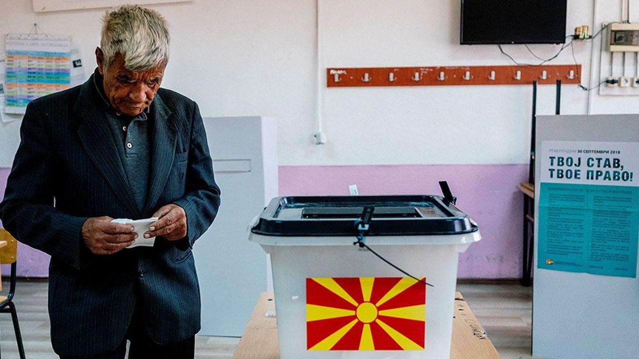 Le scrutin sur le changement de nom de la Macédoine n'a pas mobilisé les foules dans les bureaux de vote à Skopje