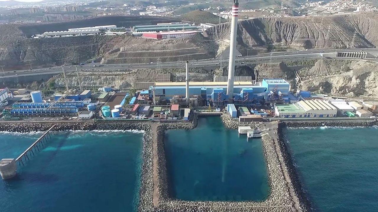 Les 400.000 habitants de Las Palmas, la plus grande île des Canaries, dépendent de l'usine de dessalement d'eau de mer municipale pour leur eau potable. La Saur, qui opère l'usine, devient majoritaire au capital de la société d'eau locale.