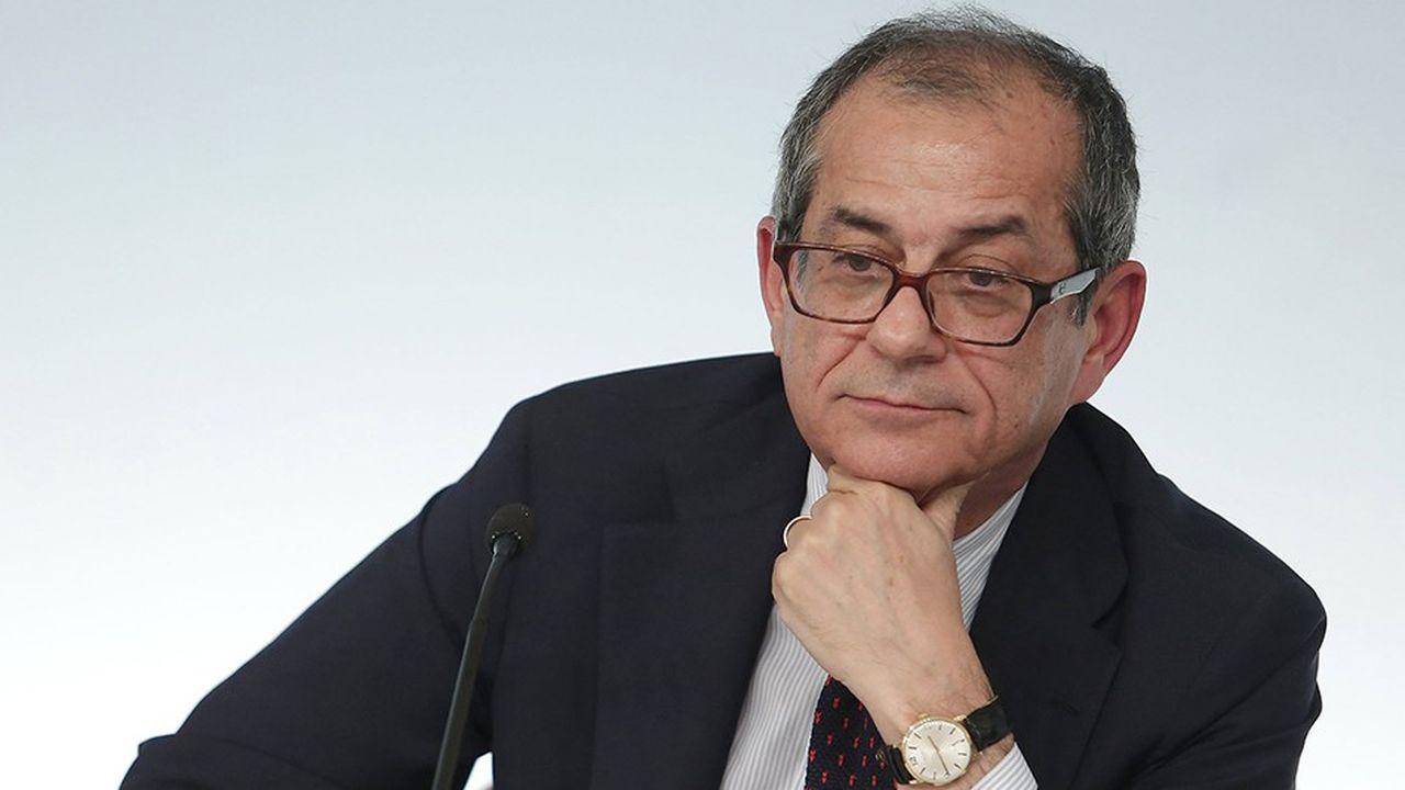 Au-delà des objectifs précis de déficit, le ministre des Finances, Giovanni Tria, va devoir convaincre Bruxelles sur les moyens prévus pour les respecter.