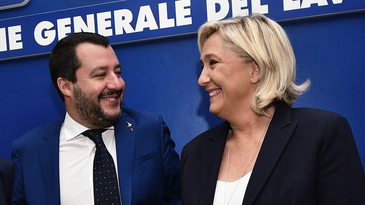 Le ministre italien de l'Intérieur, Matteo Salvini, et la leader du Rassemblement national, Marine Le Pen, veulent élaborer un programme commun.
