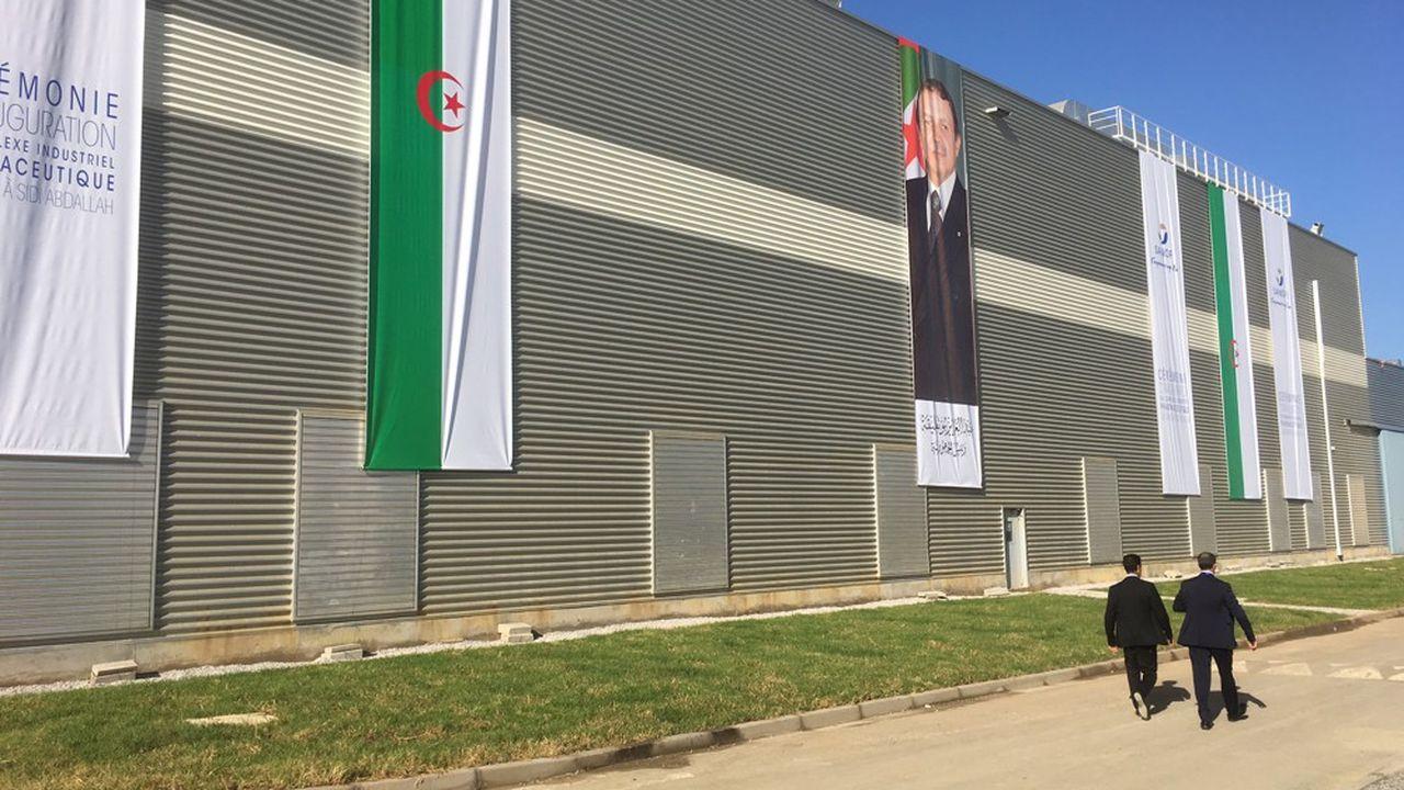 Sanofi a inauguré, ce jeudi, son nouveau site industriel de Sidi Abdallah au sud d'Alger. Il est installé sur plus de six hectares dont 3,5 sont consacrés à la production,