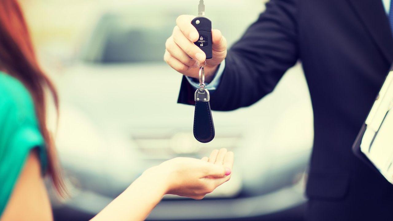 Gérer au plus près la relation client au travers de plates-formes est devenu central sur le marché automobile. Mais l'exercice n'a rien d'évident, ni pour les banques, ni pour les constructeurs de véhicules.