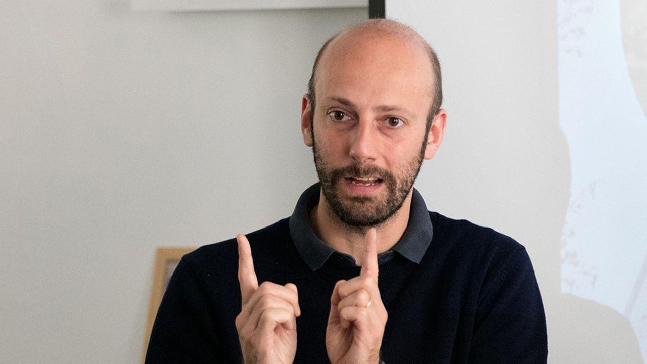 Stanislas Guerini, député LREM de Paris et marcheur de la première heure, est pressenti pour prendre la tête de La République en Marche.