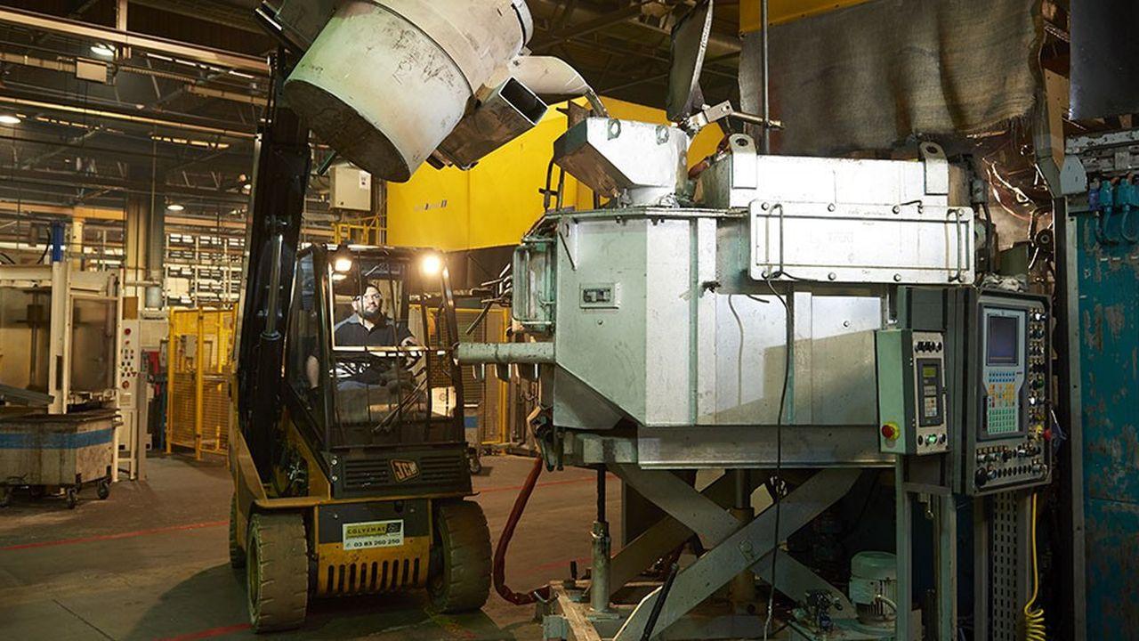 SEW-Usocomeproduit des pièces de tôle nécessaires à la fabrication de systèmes industriels d'entraînement et d'automatisation.
