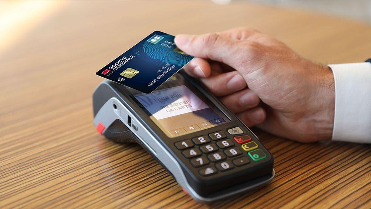 Avec la carte biométrique, le geste est le même que pour un paiement sans contact, mais le montant n'est pas limité à 30euros.