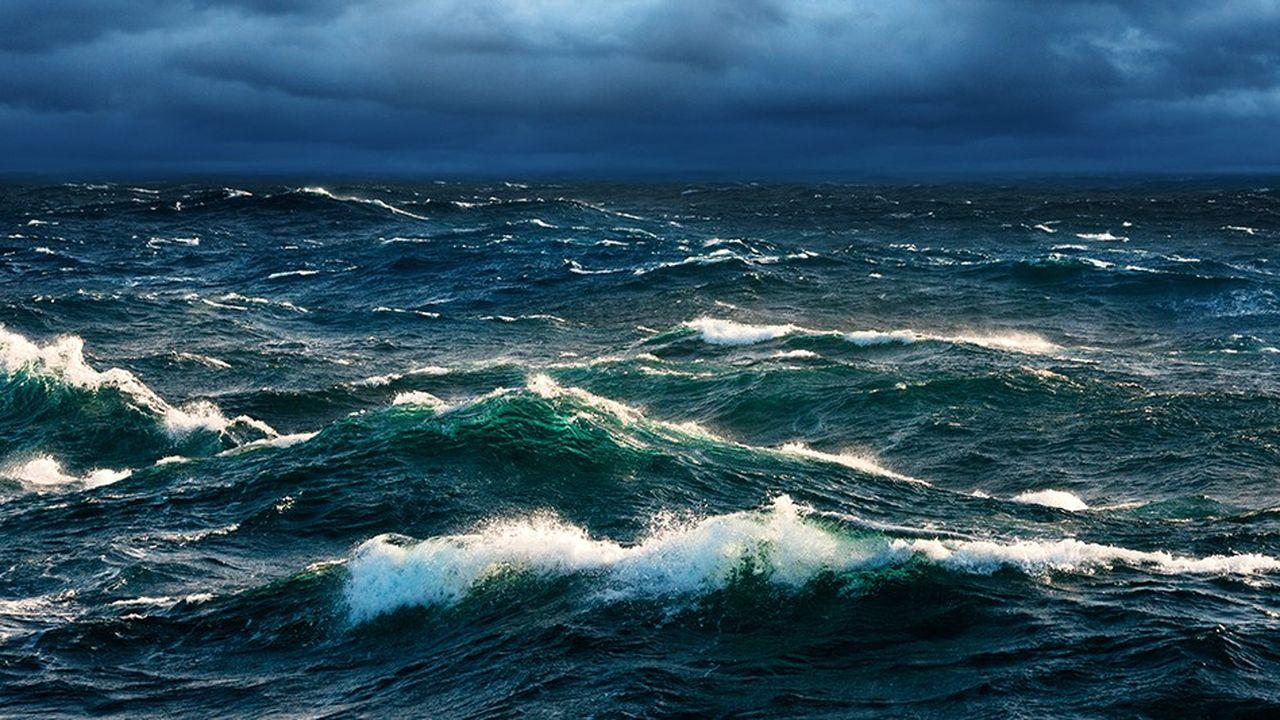 Des systèmes sont à l'étude au large des côtes européennes pour transformer la force de la houle en électricité.