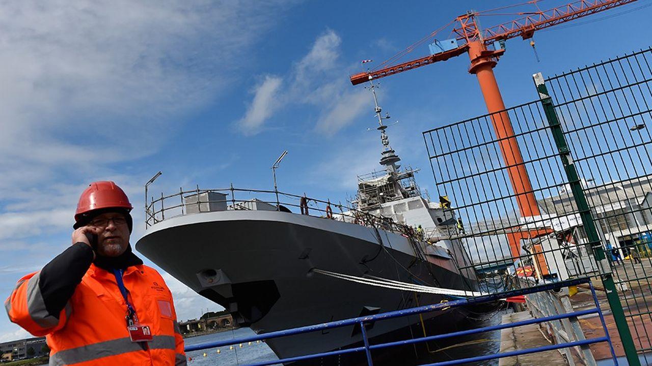 2215894_la-croissance-est-de-retour-dans-la-construction-navale-de-defense-web-tete-06011399407.jpg