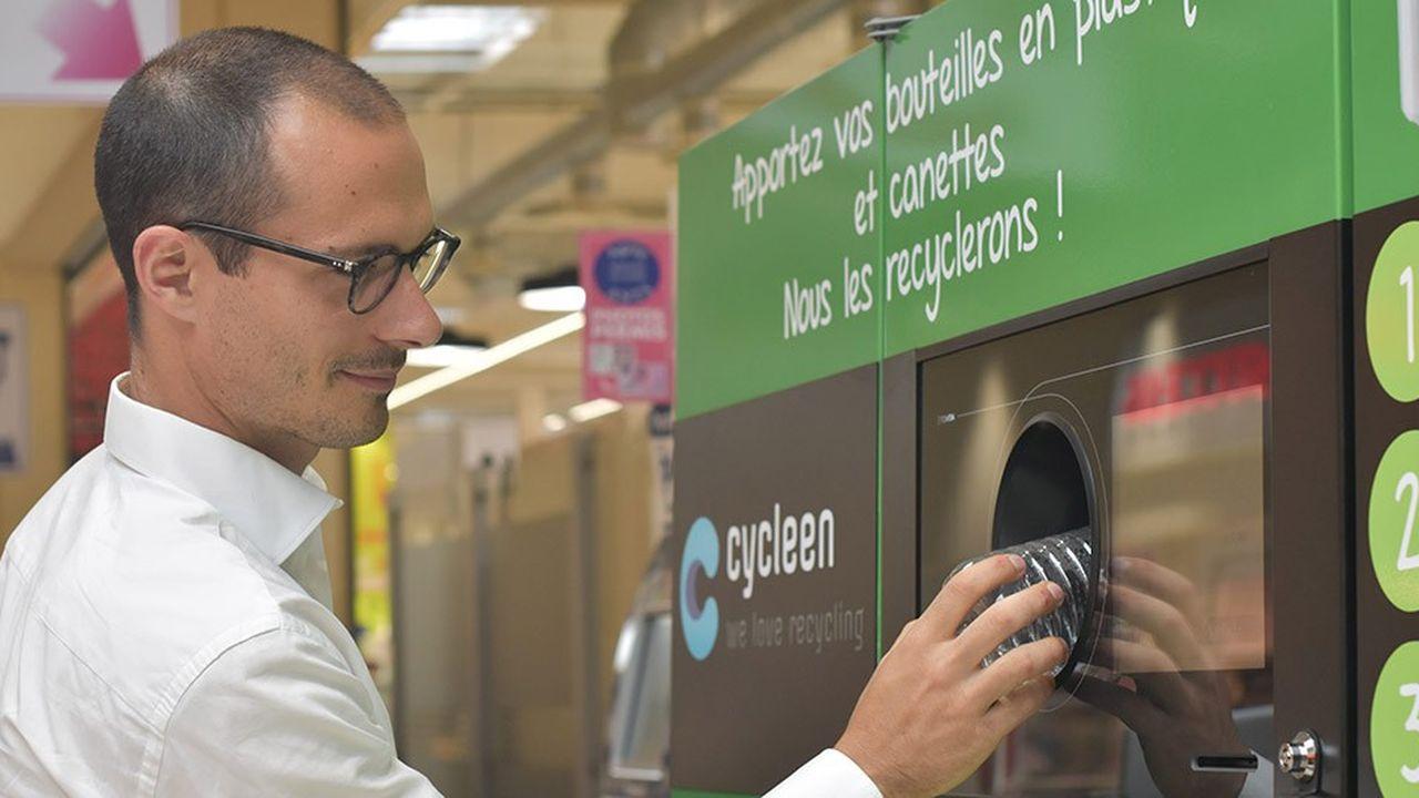 Depuis juin2018, Cycleen installe dans les magasins français, notamment lesE.Leclerc, les consignes du fabricant norvégien Tomra. Il prévoit une trentaine d'installations cette année, essentiellement dans des E. Leclerc, et une centaine supplémentaires en 2019.