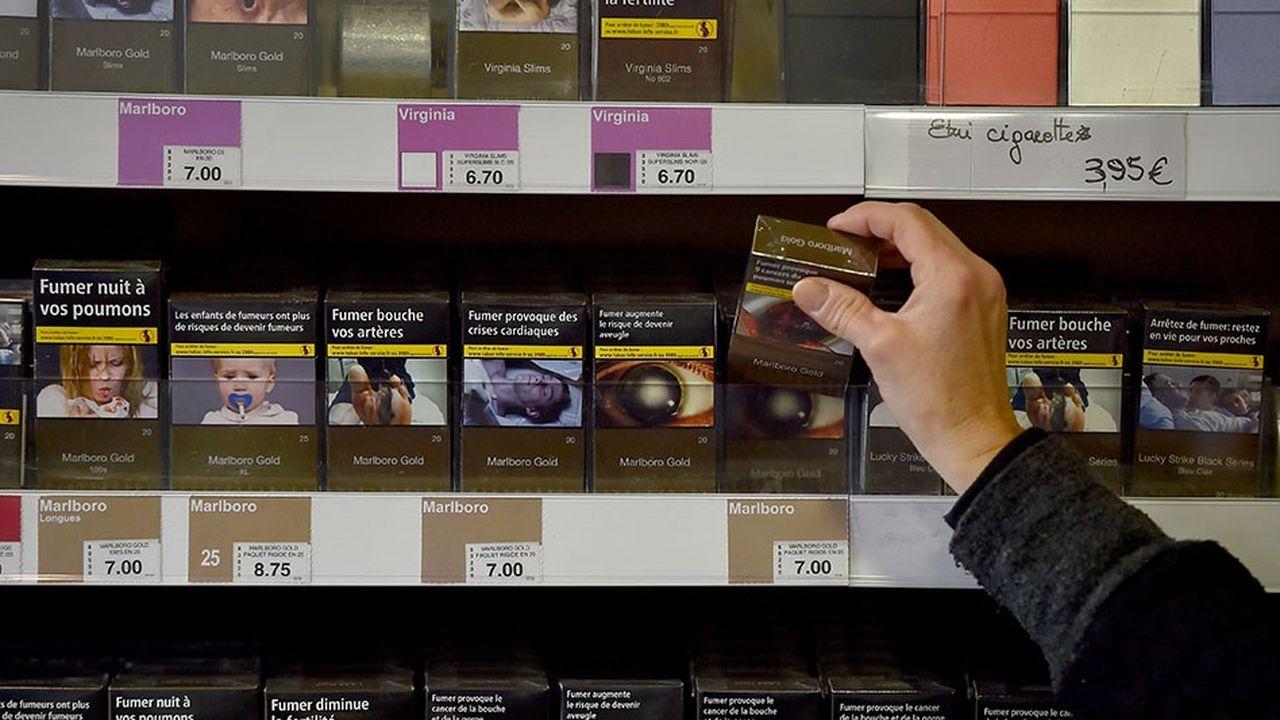 2179241_tabac-baisse-historique-du-nombre-de-fumeurs-en-france-web-tete-0301729786292.jpg