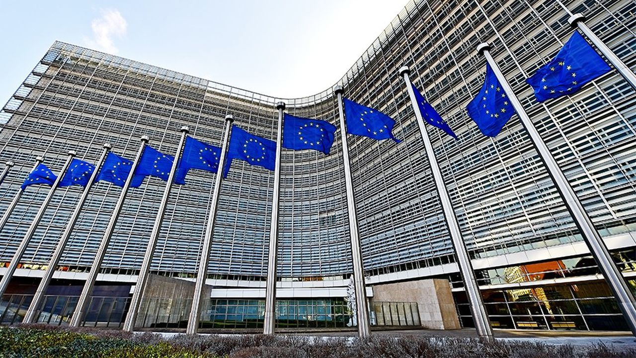 2181833_telecoms-un-code-europeen-pour-doper-les-investissements-web-tete-0301770443624.jpg