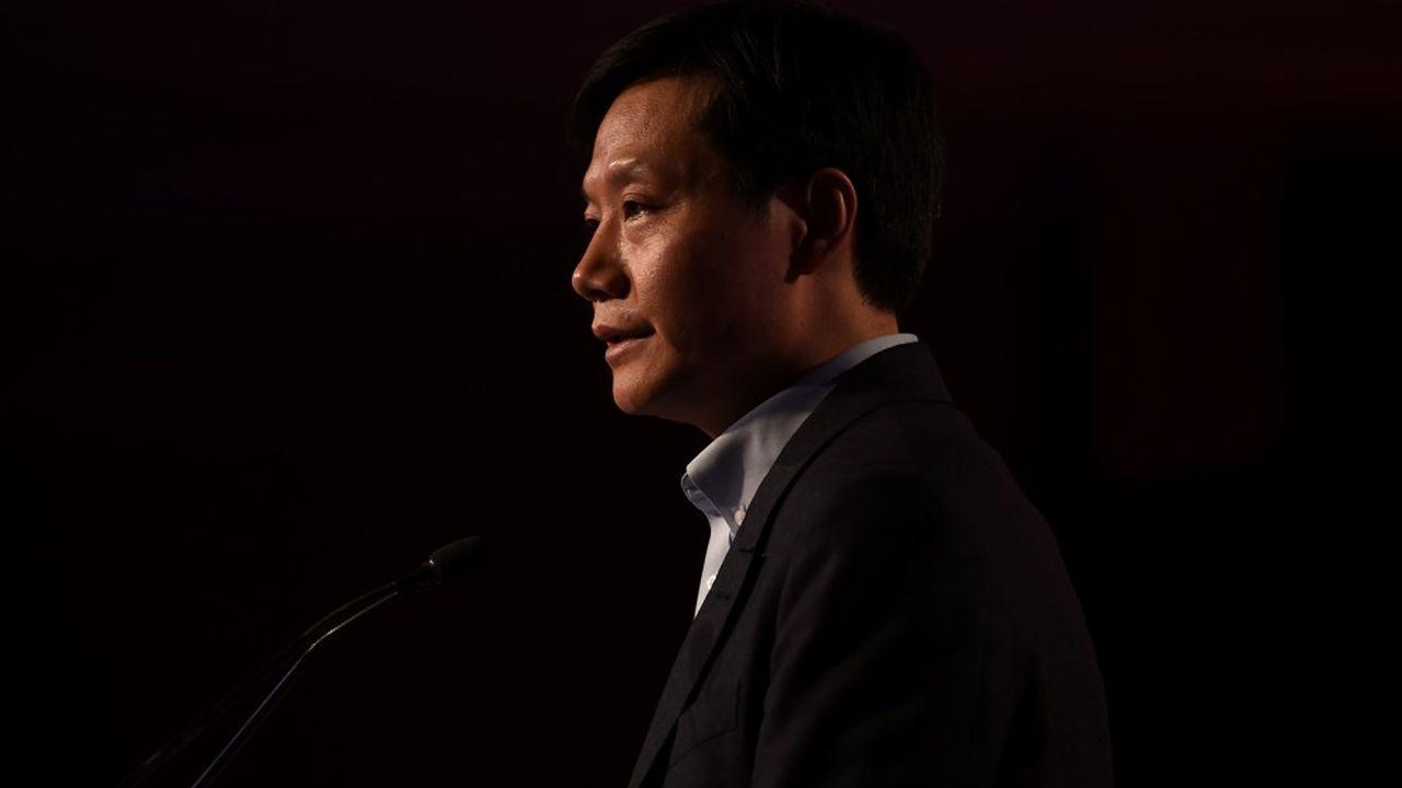 Lei Jun, 48 ans, est le fondateur et PDG de Xiaomi. Son groupe, né en 2010 à Pékin, est aujourd'hui le quatrième fabricant mondial de smartphones.