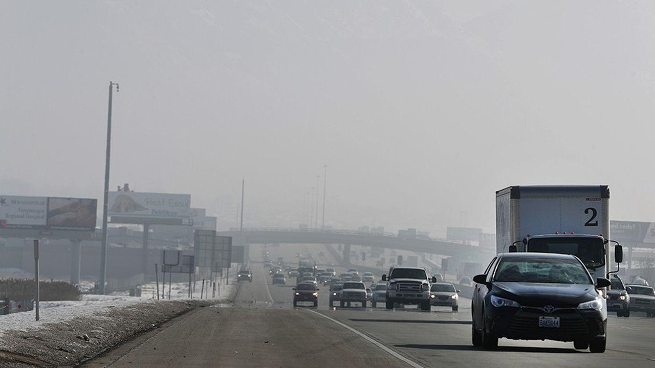 2196124_ladministration-trump-veut-geler-les-normes-antipollution-des-vehicules-web-tete-0302068441225.jpg