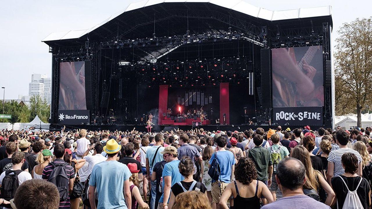 2199554_quand-les-geants-americains-des-festivals-saffrontent-a-paris-web-tete-0302116554533.jpg
