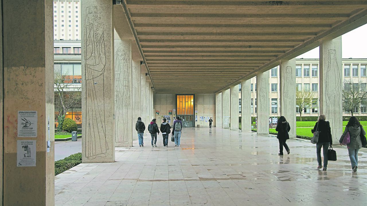 Universite de Caen Basse Normandie.