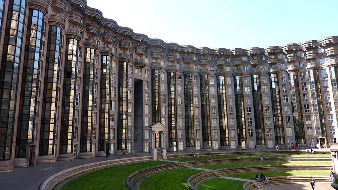 Noisy Le Grand Architecture ricardo bofill de retour à noisy-le-grand pour réhabiliter