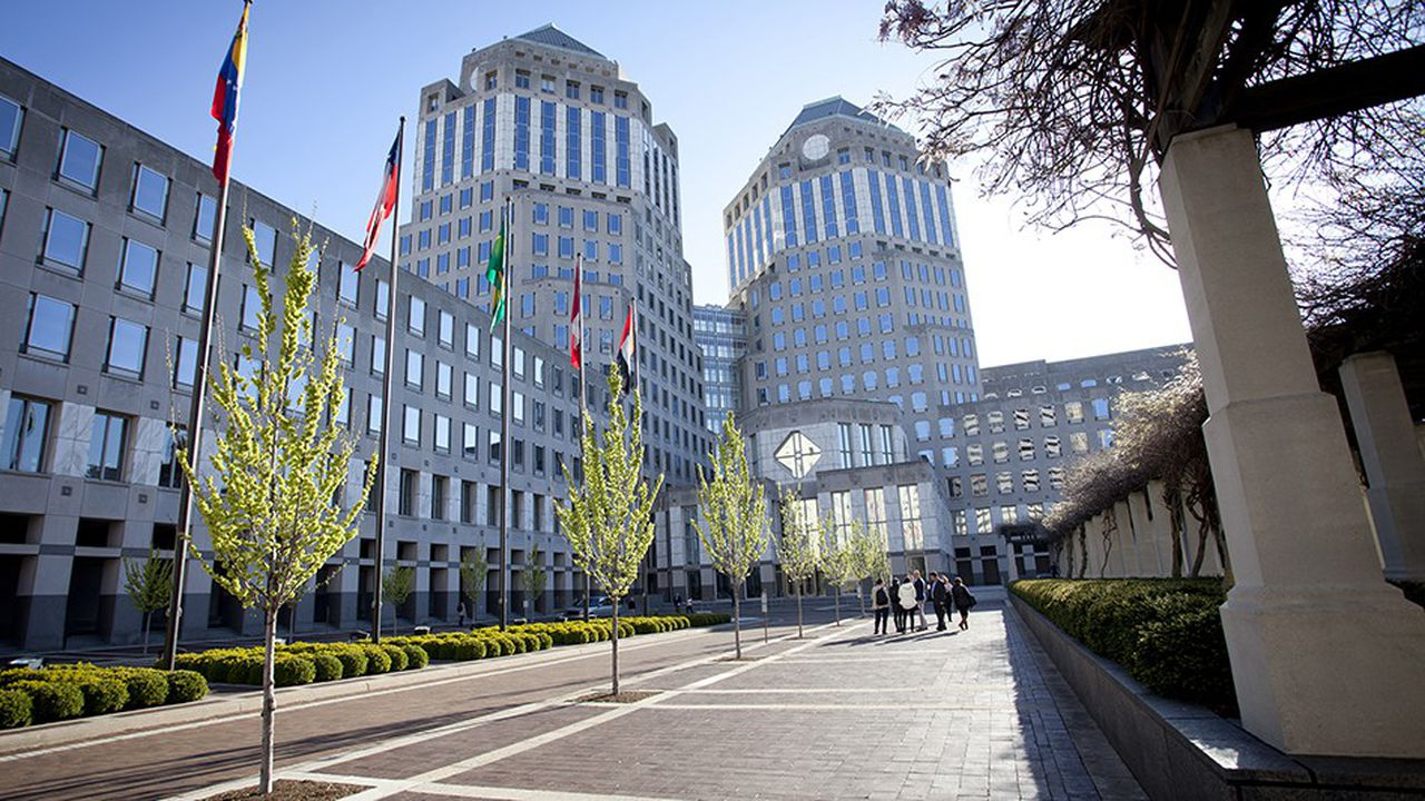Procter & Gamble va se réorganiser en six unités autonomes.