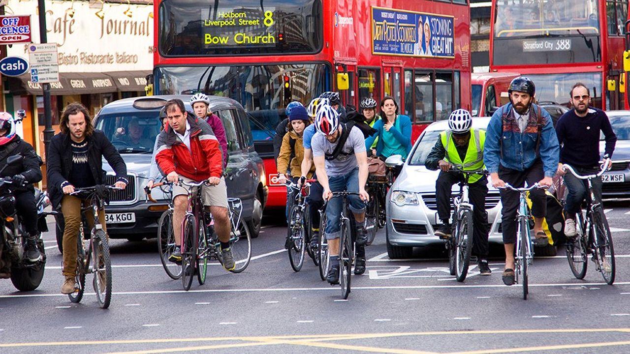 L'essor du vélo en ville (comme ici à Londres) est vu d'un oeil extrêmement favorable par l'UCI.