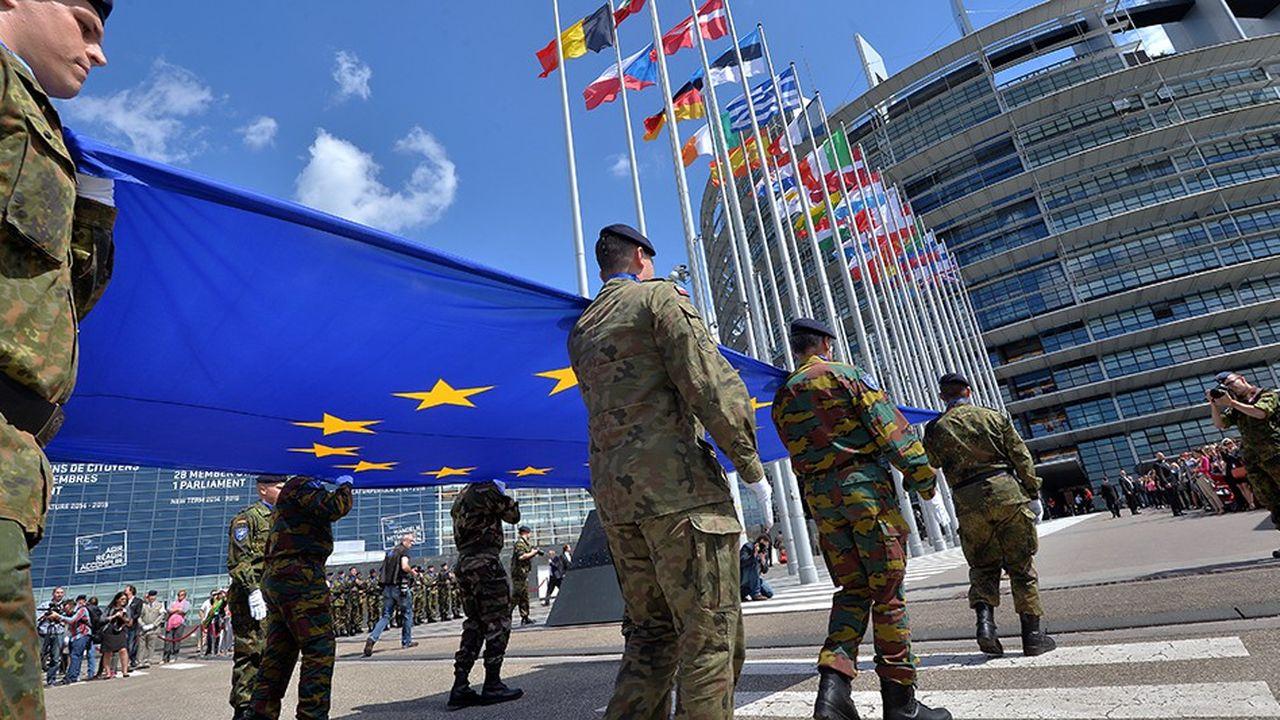 Cette armée européenne, membre de l'Otan, serait composée que de pays de l'Union européenne voulant y participer.