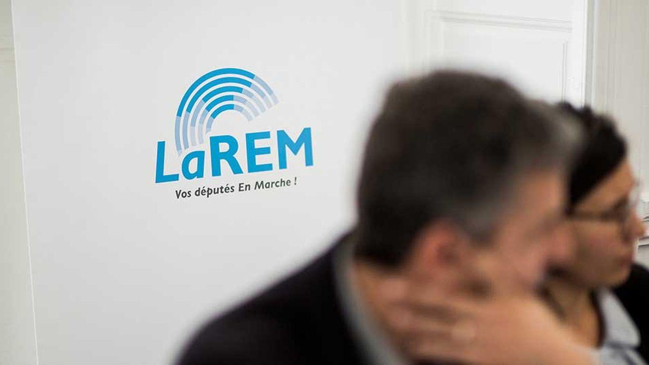 La renonciation de Pierre Person a ravivé les soupçons de pressions, alors que Stanislas Guerini, cofondateur d'En Marche!, est un proche d'Emmanuel Macron