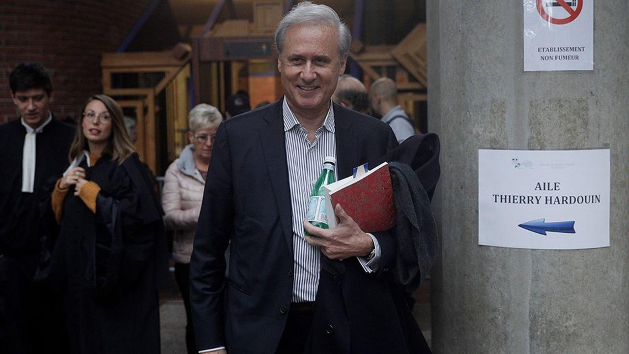 Le scandale avait contraint Georges Tron à démissionner le 29mai 2011 de son poste de secrétaire d'Etat à la Fonction publique du gouvernement Fillon.