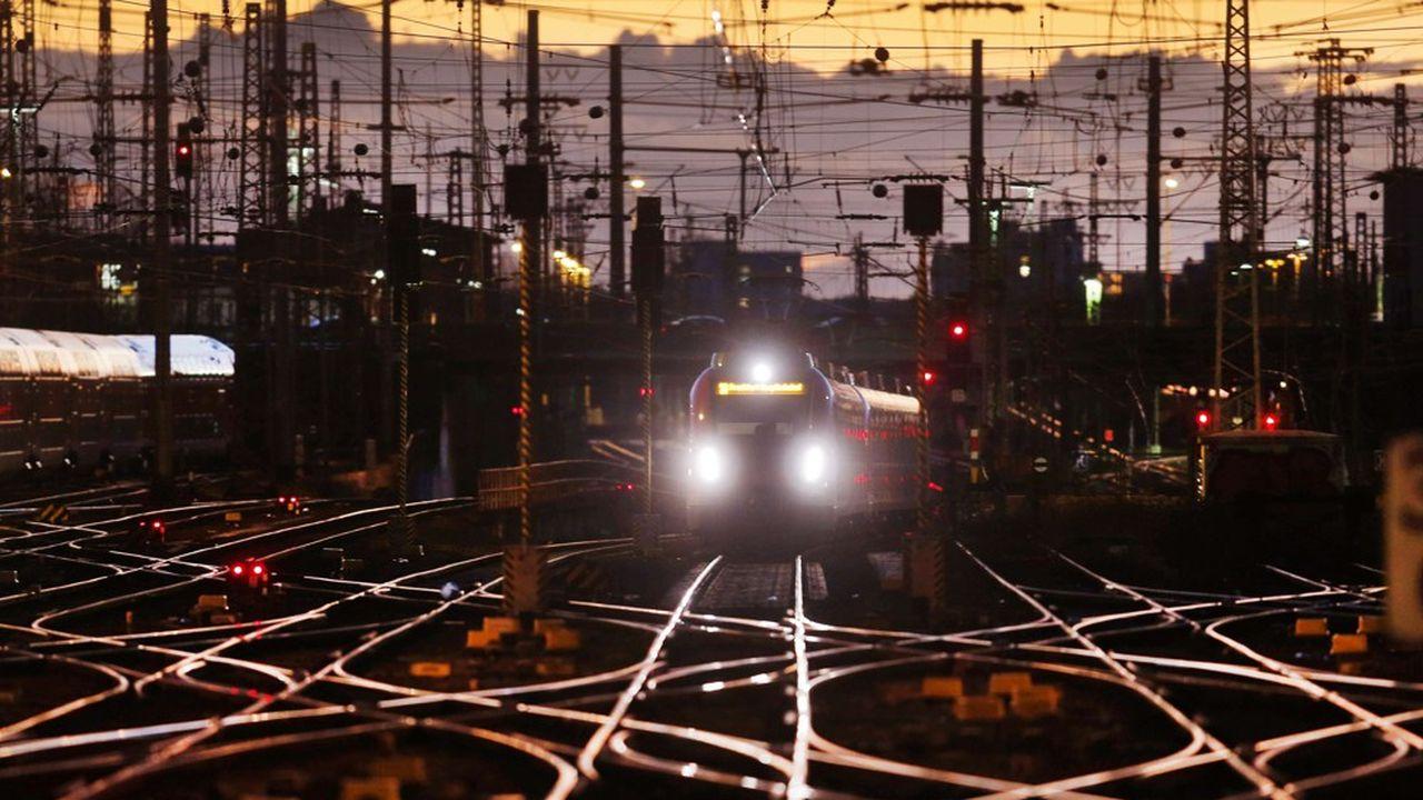 Les opérateurs ferroviaires comme la Deutsche Bahn en Allemagne redoutent que le texte voté au Parlement grignote leurs profits.