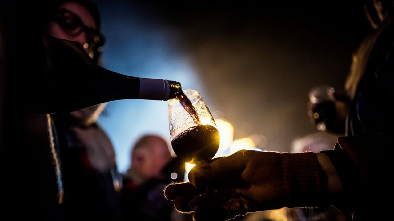 A rebours des autres crus, les premiers jours sont décisifs pour le Beaujolais Nouveau.
