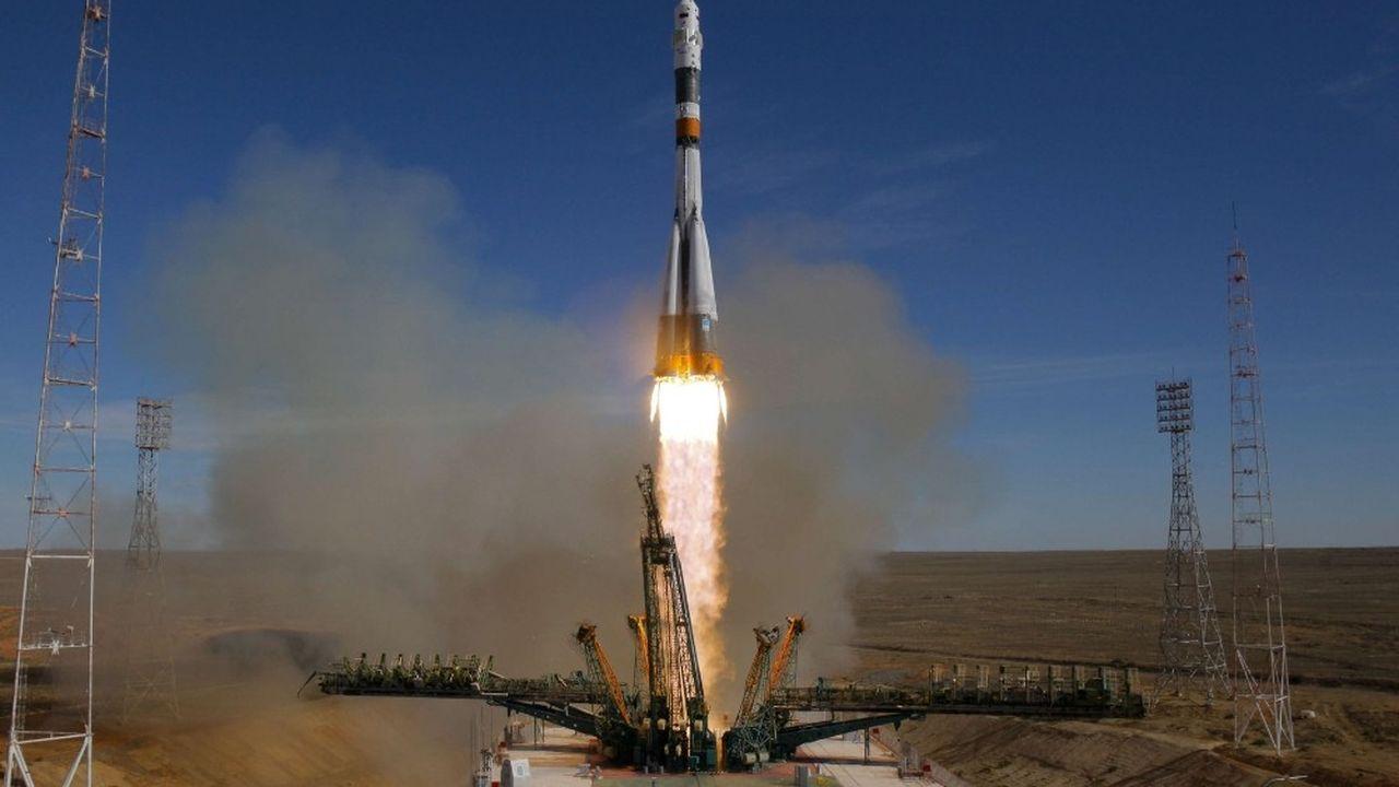 Ce décollage servira de répétition générale avant le prochain lancement habité qui emportera le 3décembre trois astronautes sur l'ISS