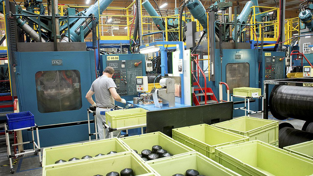 Les usines de Cooper Standard reprises par Continental sont implantées aux Etats-Unis, en Chine, en Inde, en Pologne et en France, à Rennes, où le site de La Barre Thomas emploie 400 salariés.
