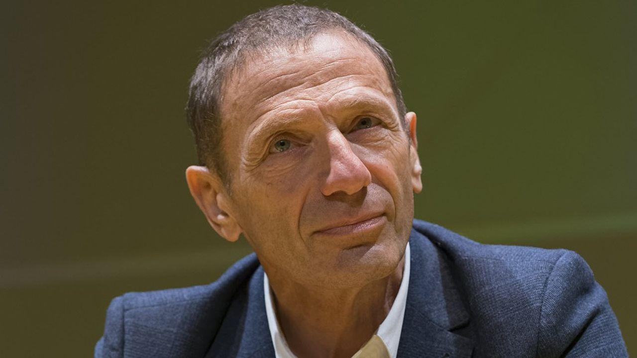 Olivier Bomsel, économiste, directeur de la Chaire d'économie des médias et des marques à l'école des Mines Paris Tech.