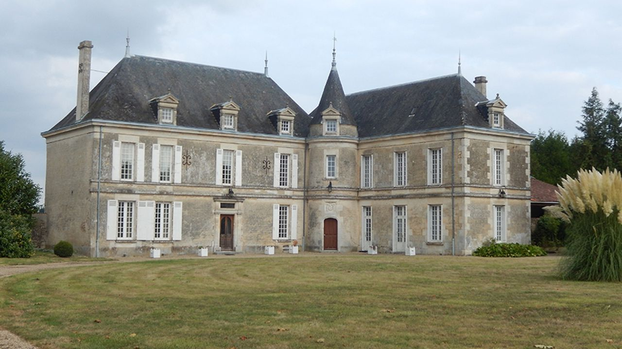 PANO-chateaux.jpg