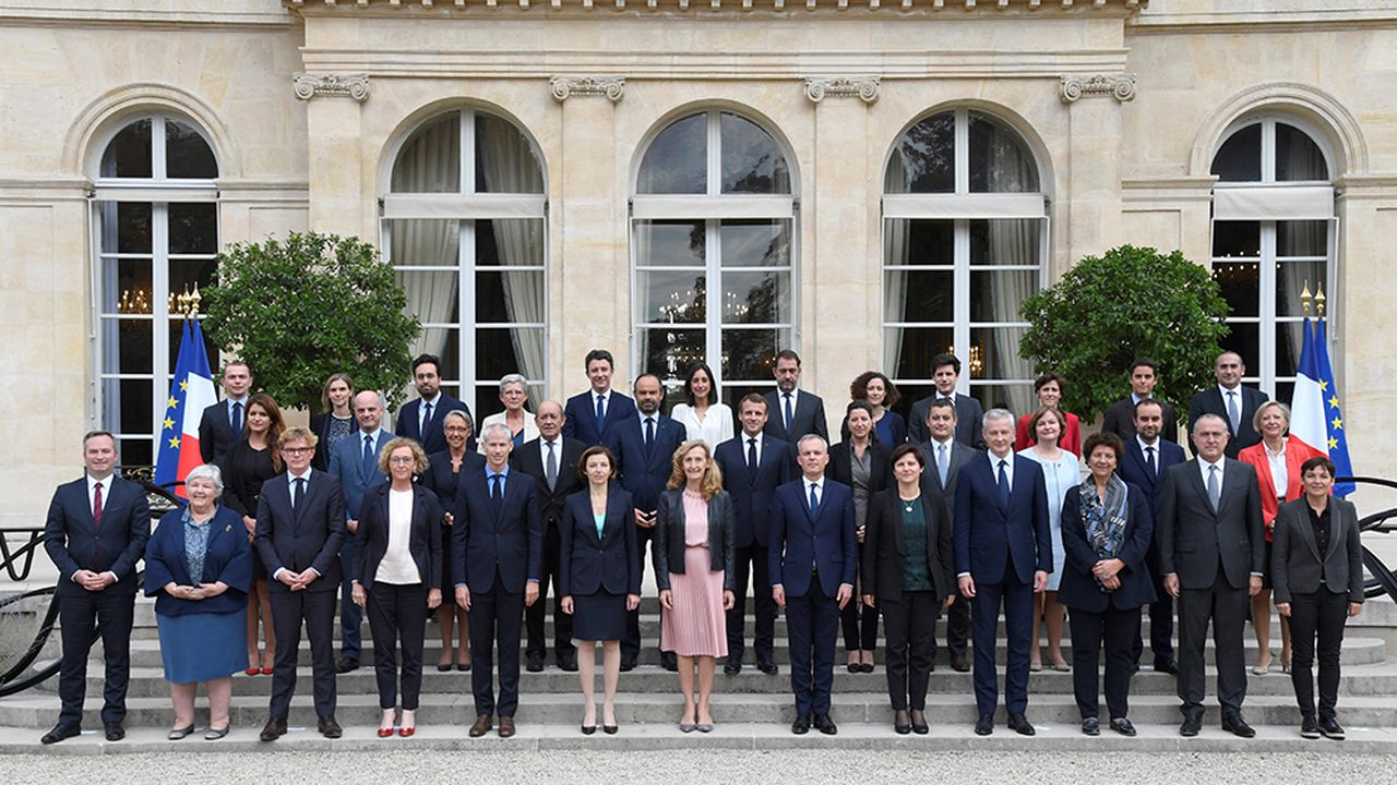 gouvernement-Phillippe2_AFP_PANO.jpg