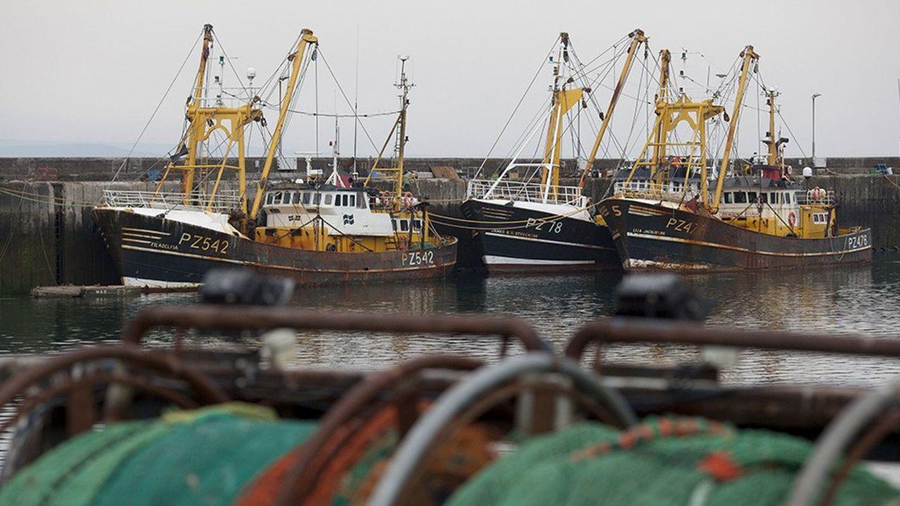Plus de 40% des poissons pêchés dans l'UE sont attrapés dans les eaux territoriales britanniques. Les pêcheurs français, espagnols ou hollandais craignent pour leur avenir s'ils y perdent accès.