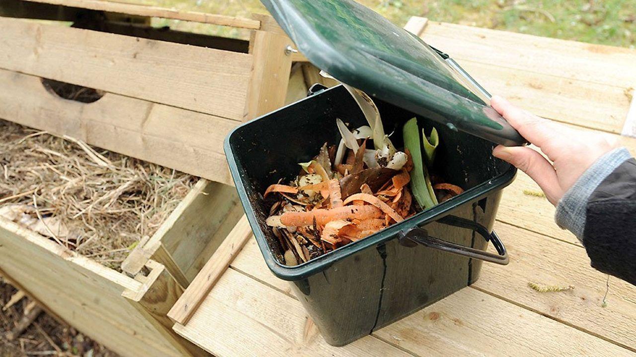 Les déchets alimentaires sont déposés dans des bacs situés soit en pied d'immeuble, soit dans un lieu partagé (jardin)