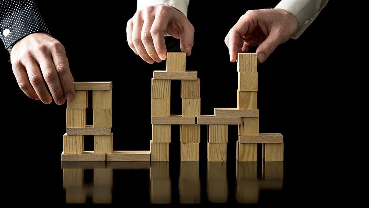 2145641_ne-touchez-pas-a-lobjet-social-des-entreprises-web-tete-0301162065201.jpg