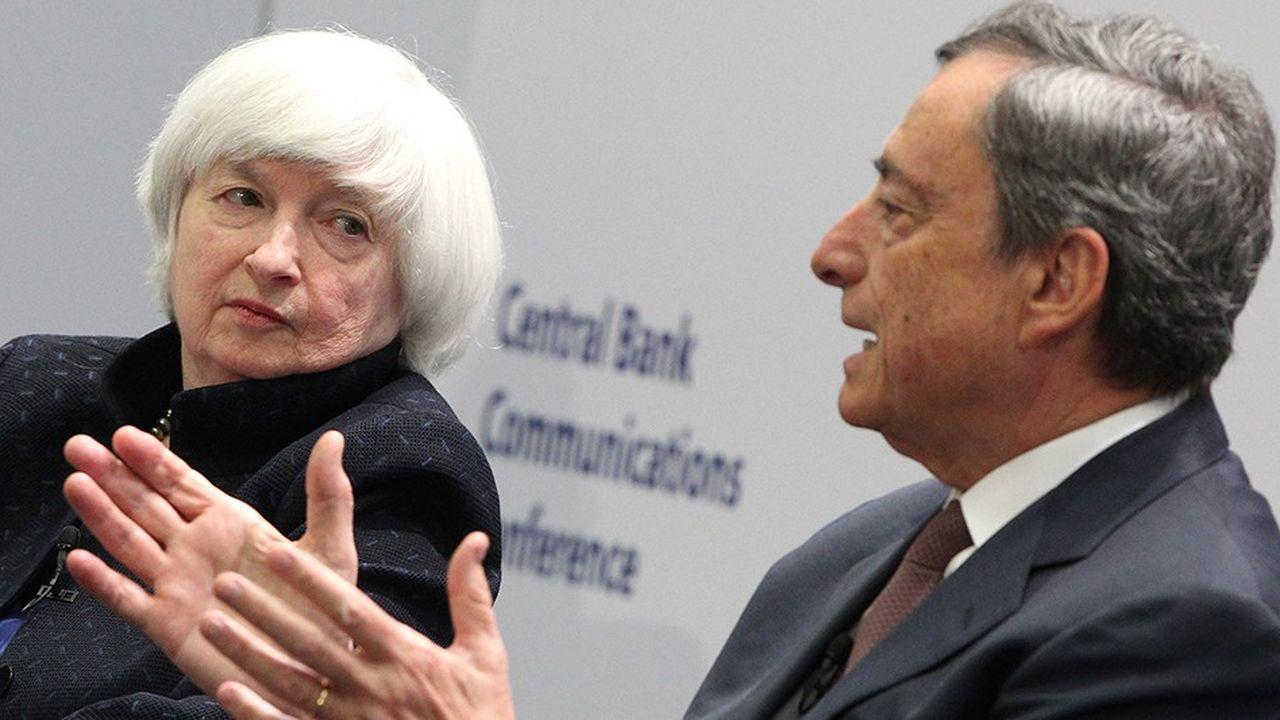 Mario Draghi (à droite), president de la Banque centrale européenne et Janet Yellen (à gauche), présidente de la Réserve fédérale américaine.