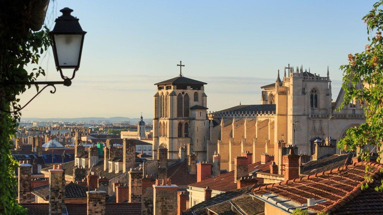 L'objectif affiché par la ville est de protéger l'hyper-centre afin qu'il ne soit pas entièrement destiné à accueillir les touristes