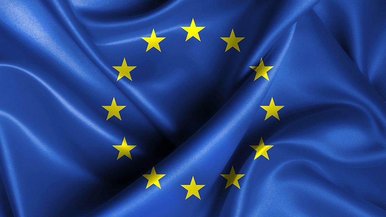 De plus en plus nombreux sont ceux qui regrettent l'Europe de Jacques Delors, l'Europe des 12 ou des 15, quand une Commission européenne à taille réduite était capable d'agilité et de leadership visionnaire.