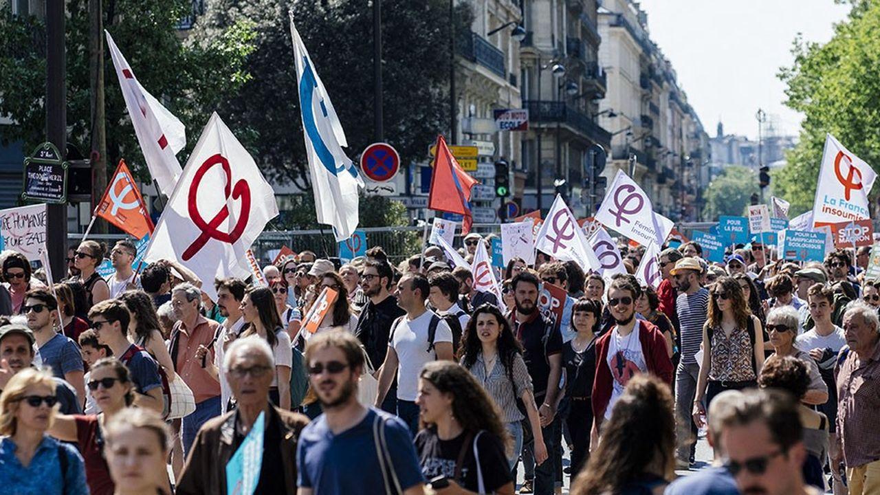 2176458_la-cgt-renoue-avec-la-politisation-de-laction-syndicale-web-tete-0301685138766.jpg