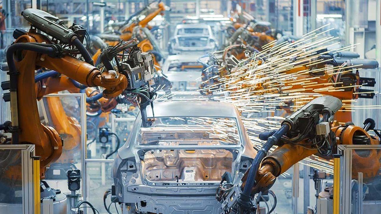 Chaque entreprise doit approfondir sa réflexion s'agissant de la mise en place de plates-formes industrielles grâce à l'intelligence artificielle.