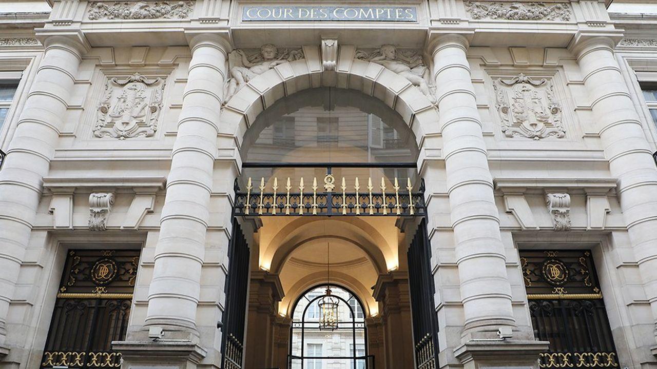 La Cour des comptes considère que les pouvoirs publics ont renoncé à la maîtrise des niches fiscales.